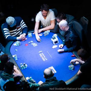 Basic Knowledge of How to Play Poker