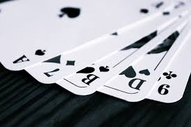 Easy Tips to Win Playing Poker Online